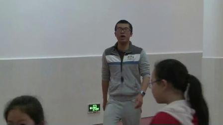 人教版体育五年级《跪跳起》课堂教学视频实录-忻益龙
