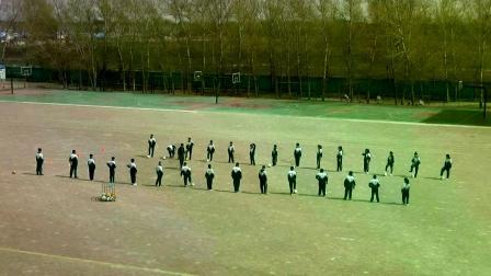 《足球-脚内侧踢球及体能练习》人教版初一体育与健康,李猛