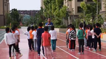 《快速跑-站立式起跑》优质课(一年级体育,潘军强)