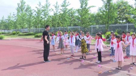 《跳短绳》二年级下册体育,高涵