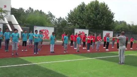 《足球脚内侧运球》人教版初一体育与健康,李祖光