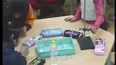 第六届电子白板大赛《水能溶解一些物资》(首师大实验教材科学三年级:朱铭)