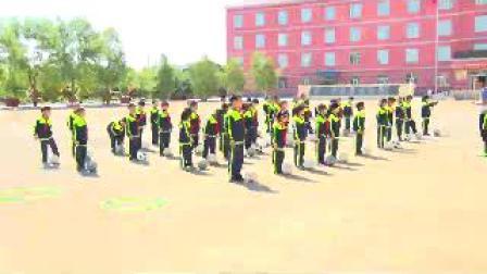 《小足球:脚内侧传球》科学版三年级体育,内蒙古自治区市级优课