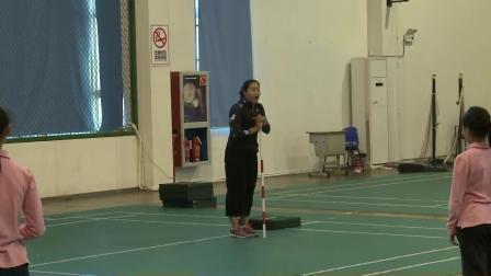 人教版体育五年级《跨越式跳高》课堂教学视频实录-黄露旦