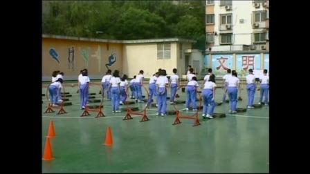 《山羊分腿腾越》人教版体育五年级,蒋磊磊