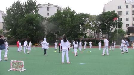 《足球-脚内侧踢球》人教版初一体育与健康,连云港市县级优课