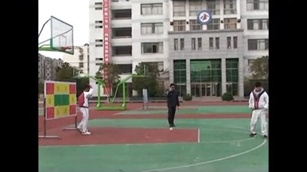 初中体育微课视频-九年级《纸手球单手肩上射门游戏》