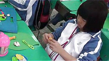 《可爱的小虫》小学一年级美术安芳小学蔡潇依