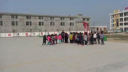 《跳跃:跳单双圈》科学版一年级体育,阜阳市县级优课