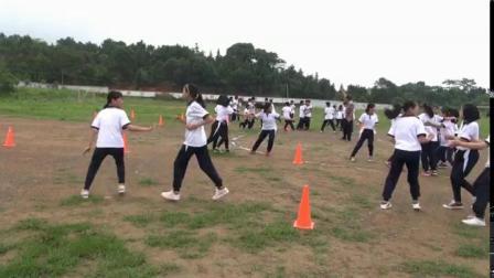 《足球-脚内侧运球》人教版初一体育与健康,邓忠华