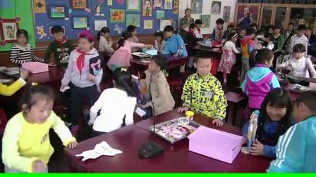 小学美术人美版二下《第18课 花衣服》北京侯峥