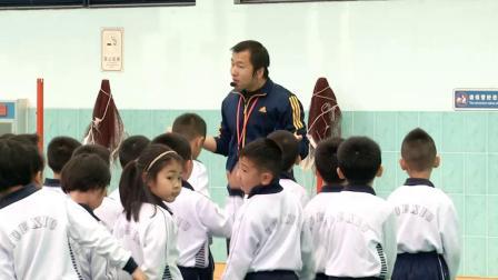 《跳短绳》一年级体育,刘晶