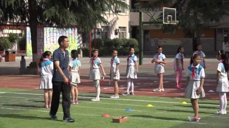 小学体育人教版五六年级《8.4×50米接力跑练习与比赛》陕西徐伯生