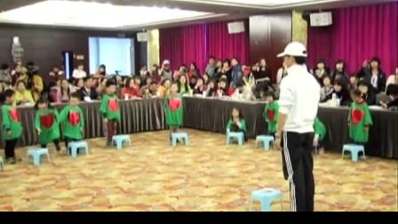 大班歌唱活动《勇敢的小企鹅》优质课-深圳:石波